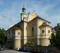 theresienkirche-rueckansicht